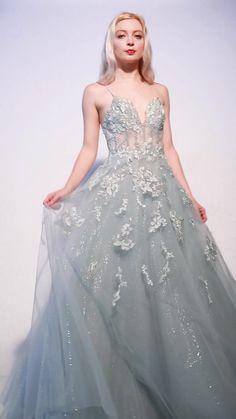 Unique Dresses, Pretty Dresses, Blue Wedding Dresses, Formal Dresses, Casual Dresses, Floral Prom Dresses, Flapper Dresses, Vestidos Deb, Fairytale Dress