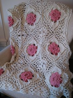 Very nice afghan - russian site - no patterns but very inspiring