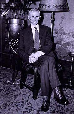 Nikola Tesla birthday photo Waldorf Astoria Hotel ~ New York City