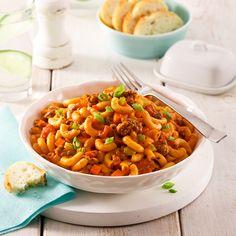 Au menu: un macaroni à la viande qui apportera un sourire aux lèvres de toute la tablée. Rendez ce classique encore plus savoureux qu'à l'habitude en y ajoutant notre ingrédient secret!