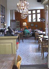 #Wattman   Tramplein 3, 2600 Berchem, #Antwerp   cafe / restaurant in the beautiful fin-de-siècle neighbourhood #Zurenborg.