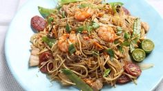 This Visayan pancit or noodle dish is well-loved by Filipinos! Bam-I is a pancit that originated in Cebu.