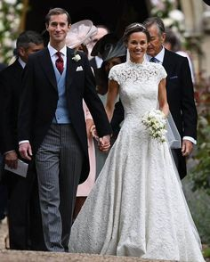 Pippa Middleton & James Matthews Wedding ���� #pippamiddleton #jamesmatthews #pippamiddletonwedding #luxurywedding #fairytail #wedding  #weddingparty  #celebration #bride #groom  #happy #happiness #unforgettable #love #forever #weddingdress #weddinggown  #family #smiles #together #ceremony #romance #marriage #weddingday #flowers #celebrate  #instawedding #party #congrats #congratulations http://gelinshop.com/ipost/1524648006569053047/?code=BUoo0i3Dkt3