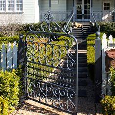 CORNELIA PEDESTRIAN GATE