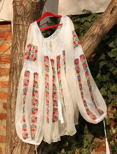 Romanian Flag, Folk Clothing, Bohemian Clothing, Red Hood, House Dress, Folk Costume, Peasant Blouse, Embroidered Blouse, Traditional Wedding