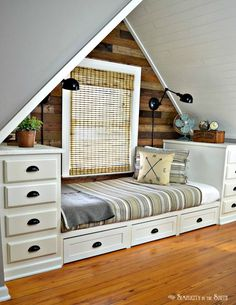 Ana White | Built-In Bed with Trundle Drawers - DIY Projects