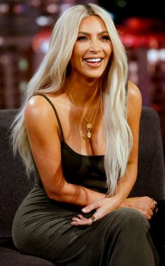 Pinterest: DEBORAHPRAHA ♥️ Kim kardashian at Jimmy Fallon, Jennifer lawrence interview with platinum blonde hair color #kimkardashian