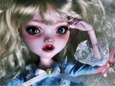 Ooak Monster High Draculaura Glass Eyes Repaint By
