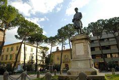 Andrea Da Pontedera Square
