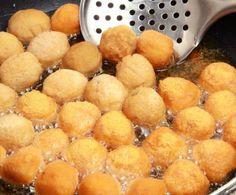 Queste palline fritte di ricotta sono davvero buone e gustosissime: servitele per un insolito pranzo pasquale a buffet e non ve ne pentirete di sicuro!