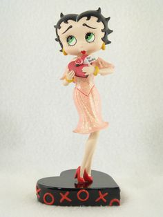 "Danbury Mint ""HUGS & KISSES"" Betty Boop Figurine~CHEAP~make offer today please~"