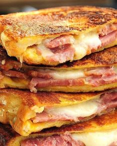 Monte Cristo sandwich is the American response to the French Croque Monsieur. Think Food, I Love Food, Good Food, Yummy Food, Healthy Food, Delicious Recipes, Yummy Yummy, Healthy Meals, Healthy Life