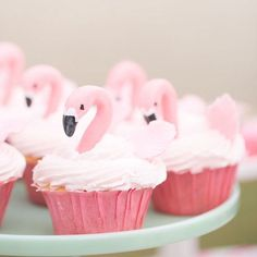 Cupcake de flamingo , que coisa  fofaaa