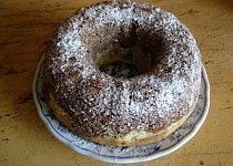 Staročeská olejová bábovka Czech Recipes, Baking Recipes, Yummy Recipes, Bagel, Food Art, Doughnut, Yummy Food, Bread, Bundt Cakes