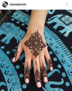 henna designs Mehndi henna designs are always searchable by Pakistani women and girls. Women, girls and also kids apply henna on their hands, feet and also on neck to look more gorgeous Indian Henna Designs, Finger Henna Designs, Mehndi Designs Book, Modern Mehndi Designs, Mehndi Design Pictures, Bridal Henna Designs, Mehndi Designs For Girls, Mehndi Designs For Fingers, Beautiful Henna Designs