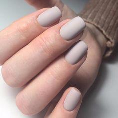 Adoro alla follia questo colore.. Grey Matte Nails, Classy Nail Designs, Pretty Nail Designs, Chic Nails, Nail Ring, Perfect Nails, Gel Nails, Nail Manicure, Coffin Nails