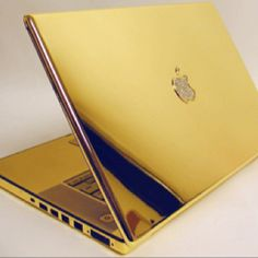 future hubby this is the perfect gift...diamonds, gold & apple