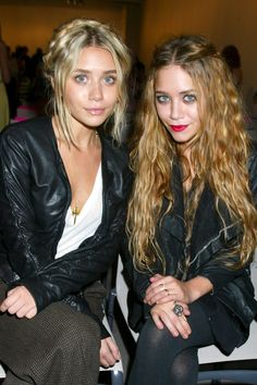 Mary-Kate and Ashley Olsen's Best Twinning Beauty Looks Through the Years - 2006