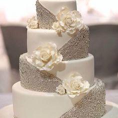 Beautiful wedding cake!