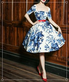 waist dress on sale at reasonable prices, buy Le Palais Vintage elegant retro classic blue and white porcelain cotton waist dress/ball gown from mobile site on Aliexpress Now! Pin Up Dresses, Ball Dresses, Pretty Dresses, Beautiful Dresses, Ball Gowns, Vestidos Vintage, Vintage Dresses, Vintage Outfits, 1950s Dresses