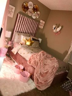 Teen Girl Bedrooms, Classy concept to kick-start one super dreamy room . Dreamy cozy ideas posted on this unforgetful moment 20190925 , summary number 8519123918