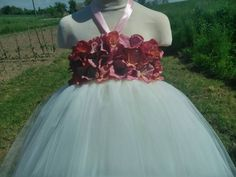 Flower girl dress in ivory – wedding tutu dress – birthday tutu dress – hydrangea tutu dress – party tutu dress – pageant dress – tutu dress