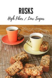 Healthy Rusks Recipe Low sugar & high fiber is part of Rusk recipe - Traditionally South African rusks are full of sugar and fat To turn them into the perfect breakfast snack I came up with a delicious healthy rusks recipe Healthy Baking, Healthy Snacks, Healthy Recipes, Healthy Eats, Slow Cooker Recipes, Cooking Recipes, Bread Recipes, Cake Recipes, Kos