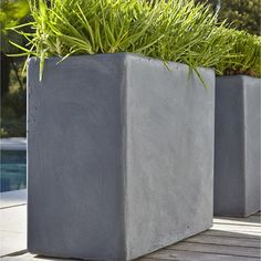 jardiniere_en_fibre__l_30_x_h_50_x_l_60cm__coloris_gris Zinc Planters, Planter Boxes, Steel Planter, Back Gardens, Outdoor Gardens, Garden Deco, Fibre, Green Flowers, Window Boxes