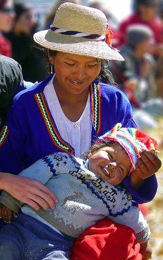 Uros, Peru - by Discaciate, via Flickr