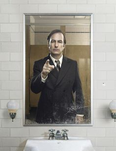 Many successful shows spawn sequels. In Better Call Saul, writer Vince Gilligan has created a prequel to his phenomenally successful series Breaking Bad. Newest Tv Shows, Great Tv Shows, Favorite Tv Shows, Walter White, Best Series, Tv Series, Drama Series, Serie Breaking Bad, Saul Goodman