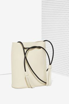 The Best Bucket Bags To Shop | NYLON