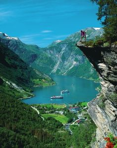 Norské panorama hor, fjord... - Přišpendlito