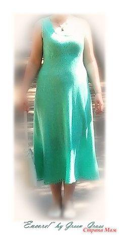 Нравятся мне такие платья в стиле прованс. :-) Нигде не жмут, не сковывают, не надо нигде ничего поправлять, заправлять и т. п. Скрывают животики и бока (особенно если за зиму прибавили)).