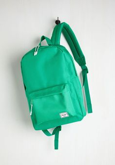 Pack on Track Backpack in Kelly Green. Stay on schedule throughout the week with this handy and hip backpack by Herschel Supply Co. #green #modcloth