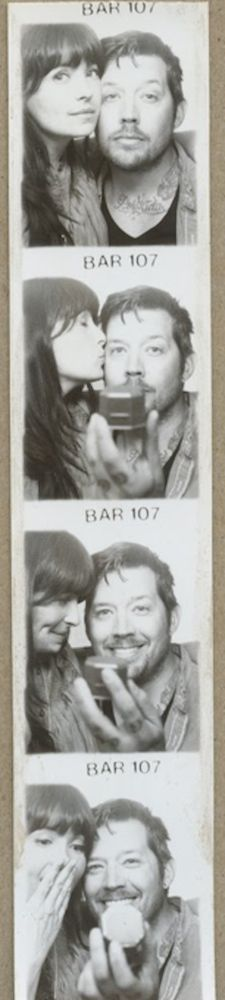 Photo booth marriage proposal. Amazing.