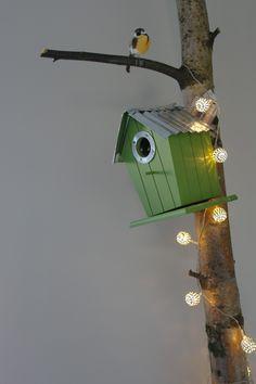 Hollywood Bird House