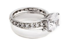 engagement rings   Do inexpensive engagement rings exist or do they all cost an arm and a ...