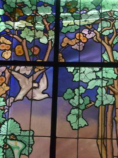 Vitrail dit de La salle (1904), Jacques Gruber - Musée de l'Ecole de Nancy (54) by Yvette Gauthier, via Flickr
