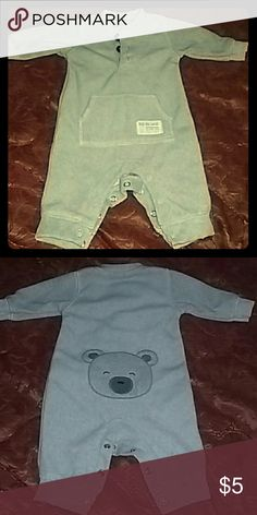 CARTER'S BABY OUTFIT Gray newborn long sleeve with opening at legs. CARTERS Other