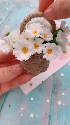 Cool Paper Crafts, Paper Flowers Craft, Paper Crafts Origami, Flower Crafts, Diy Flowers, Origami Flowers, Flower Diy, Handmade Flowers, Diy Paper