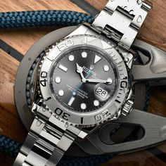 Rolex Watches Collection : Rolex Yacht-Master 40 - Watches Topia - Watches: Best Lists, Trends & the Latest Styles Rolex Gmt, Rolex Submariner, Rolex Watches, Best Watches For Men, Luxury Watches For Men, Cool Watches, Men's Accessories, Rolex Day Date, Beautiful Watches