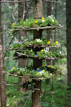 "ideas of DIY ""Land art"" to do while camping or on vacation . - -Seven ideas of DIY ""Land art"" to do while camping or on vacation . - - Winter Milepost Tim Pugh Sept idées de bricolages ""Land art"" à faire en camping ou en vacances Land Art, Dream Garden, Garden Art, Herb Garden, Cat Garden, Deco Nature, Art Nature, Art Easel, Forest Art"