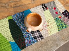 Curved Sewing - experimental project - table runner