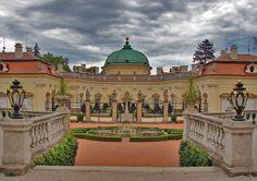 zamek/castle Buchlovice Romanticism, Palaces, Czech Republic, Castles, Places To Travel, Taj Mahal, Scotland, England, Europe