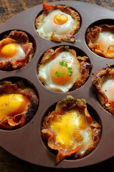 Bacon Egg Cups http://www.kitchme.com/the-dish/15-delicious-low-carb-breakfast-recipes/