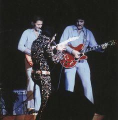 November 18, 1972 - Elvis Presley in concert in Honolulu, Hawaii
