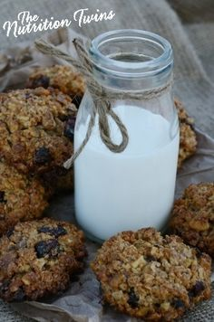 Speedy Spiced Oatmeal Cookies | Only 45 Calories | Super Easy to Make | Delish & Wholesome | For MORE RECIPES please SIGN UP for our FREE NEWSLETTER www.NutritionTwins.com