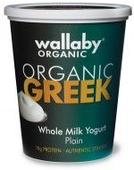 We LOVE Wallaby Yogurt for making healthy smoothies, parfait bowls, and more! #cleaneating #aplkitchen #recipes #glutenfree