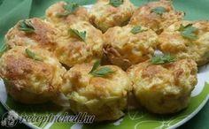 Chlebíkovo-vajíčkové mufinny so syrom a kyslou smotanou - Receptik. Mozzarella, Baked Potato, Kefir, Potato Salad, Cauliflower, Food And Drink, Menu, Potatoes, Chicken