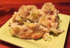 Two in my family like cornbread stuffing, but the rest of  us like it made with bread. So I have been searching and searching for a good cor...